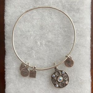 "ALEX AND ANI - ""Wings of change"" bracelet"